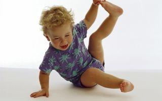 Какой массаж поможет вашему ребенку при плоскостопии?
