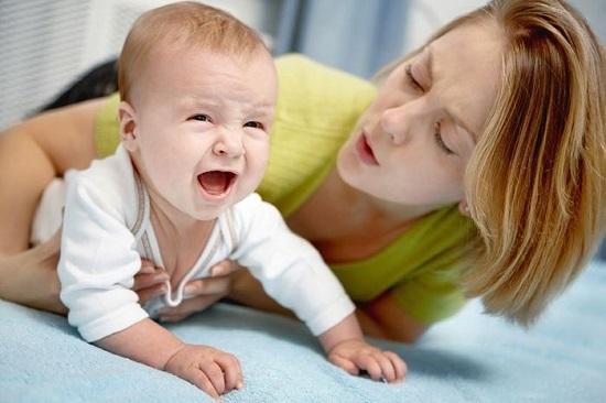 Колит у детей протекает болезненно