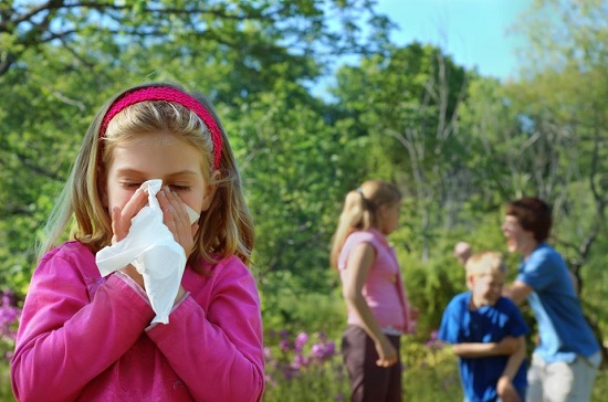 девочка с аллергическим бронхитом