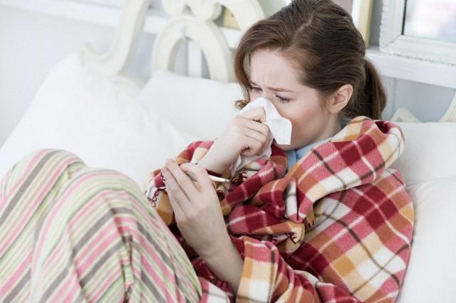 молодая мама заболела ангиной