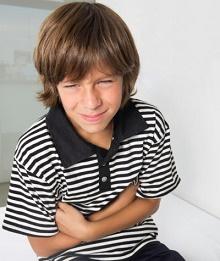 у ребенка болит живот из-за гастроэнтерита