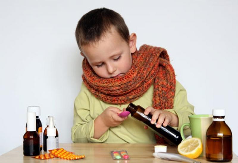 Антибиотики при ОРВИ у детей: какой лучше дать