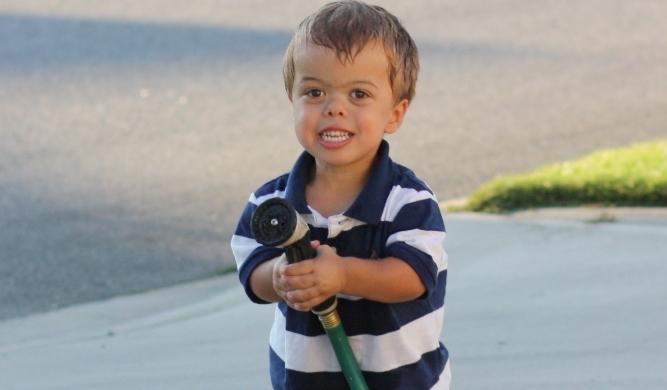 Хондродисплазия у мальчика на фото