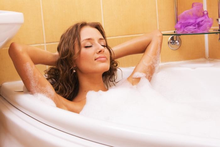Ванна с аромамаслами для успокоения нервов