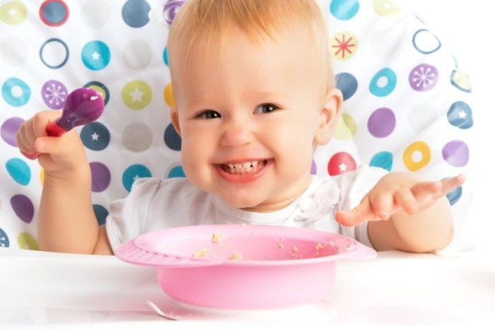 Самостоятельное питание ребенка в 9 месяцев