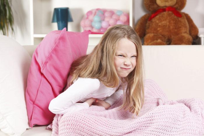 У ребенка 3 лет болит живот поднимается температура что это может быть thumbnail