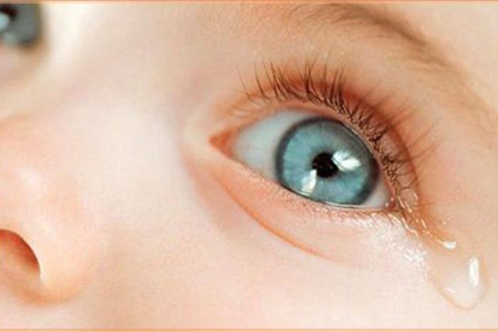 Здоровые глазки ребенка