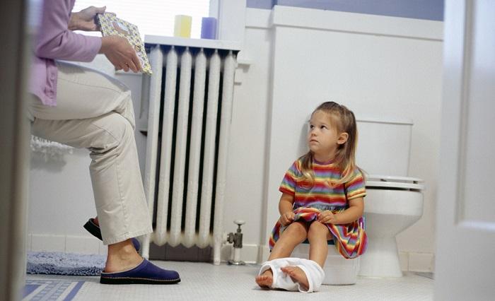 Недержание кала у детей (Энкопрез): причины, лечение