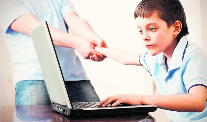 electronic gadget effects on children Ours is a time when there is no denying the positive impacts of technology but that is just one side of the coin when you check the dark underbelly of technology, you will discover how your electronic gadgets can pose possible risks and hazards to your health.